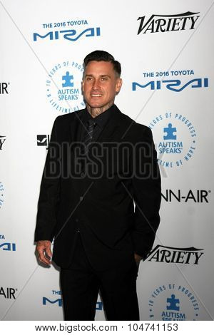 LOS ANGELES - OCT 8:  Carey Hart at the Autism Speaks Celebrity Chef Gala at the Barker Hanger on October 8, 2015 in Santa Monica, CA