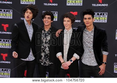 LOS ANGELES - OCT 8:  CD9 at the Latin American Music Awards at the Dolby Theater on October 8, 2015 in Los Angeles, CA