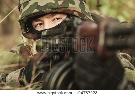 Female Soldier In The Battlefield