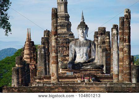 Exterior of the Buddha statue at Wat Mahathat in Sukhothai Historical park Sukhothai, Thailand.