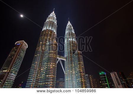 The Iconic Petronas Twin Towers at night