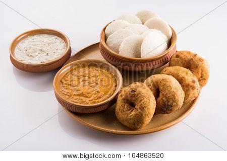 idli vada sambar, south indian food