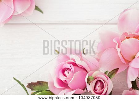 pink roses frame background