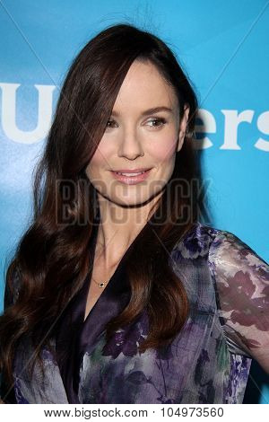 LOS ANGELES - AUG 12:  Sarah Wayne Callies at the NBCUniversal 2015 TCA Summer Press Tour at the Beverly Hilton Hotel on August 12, 2015 in Beverly Hills, CA