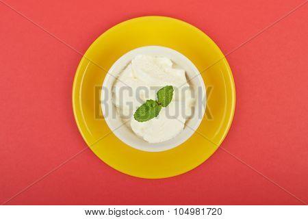 White Ice Cream