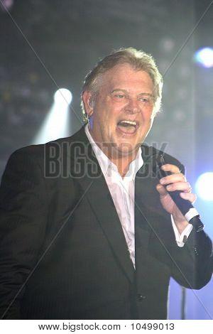 John Farnham in Concert