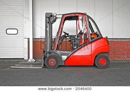 Big Forklifter