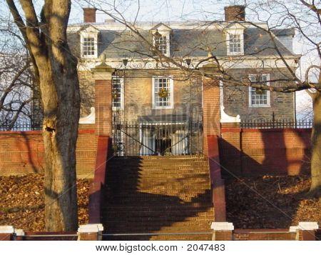 Van Cortland Mansion
