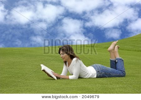 Readng In The Park