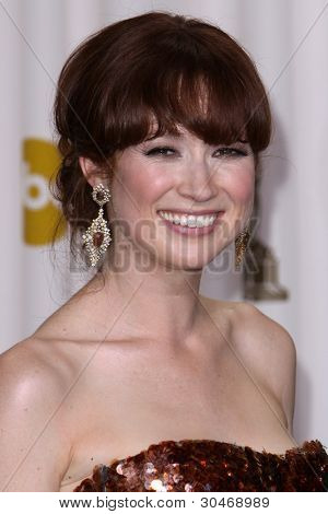 LOS ANGELES - FEB 26:  Ellie Kemper arrives at the 84th Academy Awards at the Hollywood & Highland Center on February 26, 2012 in Los Angeles, CA.