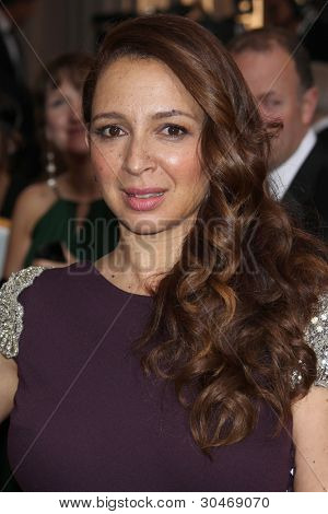 LOS ANGELES - FEB 26:  Maya Rudolph arrives at the 84th Academy Awards at the Hollywood & Highland Center on February 26, 2012 in Los Angeles, CA