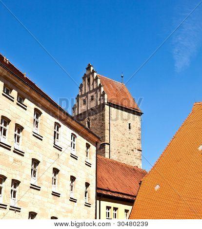 Noerdlinger Tower With Half-timbered House In Romantic Medieval Town Of Dinkelsbuehl