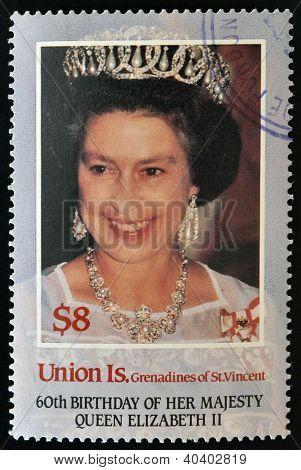 É A UNIÃO. -Por volta de 1986: um selo imprimido nas Granadinas de St. Vincent mostra sua Majestade a rainha