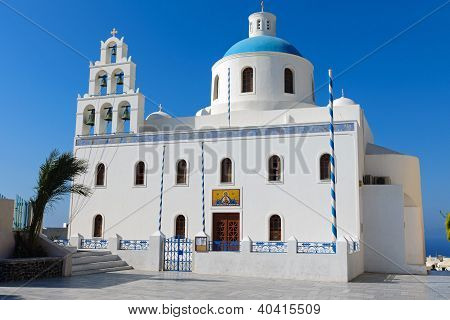 Main church in Oia
