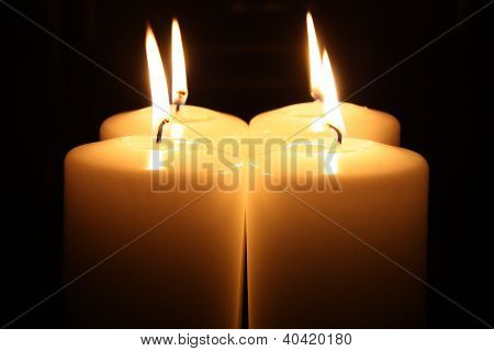 Light of four Candles