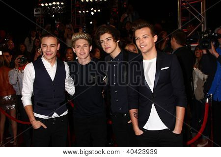 LOS ANGELES - DEC 20:  (L-R)Liam Payne, Niall Horan, Harry Styles and Louis Tomlinson of One Direction at the 'X Factor' Season Finale at CBS Television City on December 20, 2012 in Los Angeles, CA