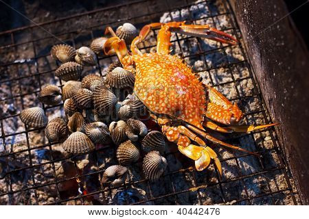 Seafood, Crab And Mussels (shellfish)