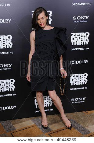 LOS ANGELES - DEC 19:  Milla Jovovich arrives to
