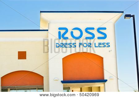 Sacramento, Usa - September 5: Ross Store On September 5, 2013 In Sacramento, California.