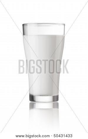 Fresh milk in the glass