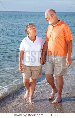 Senioren Romantik am Strand