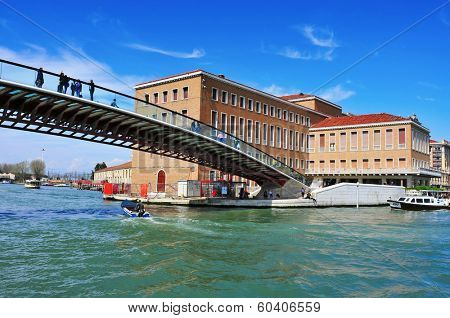 VENICE, ITALY - APRIL 13: Ponte della Costituzione over the Grand Canal on April 13, 2013 in Venice, Italy. This bridge designed by Santiago Calatrava connects Stazione di Santa Lucia to Piazzale Roma