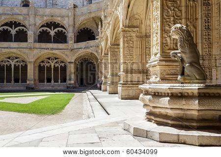 Manueline cloister of Jeronimos monastery in Lisbon, Portugal. Classified as UNESCO World Heritage it stands as a masterpiece of the Manueline art.