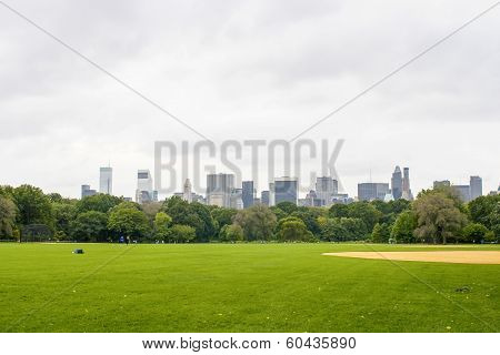 Central Park With View On Manhattan Skyline