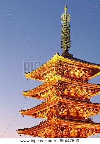 japan red pagada at sensoji temple