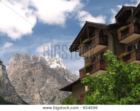Dolomite House