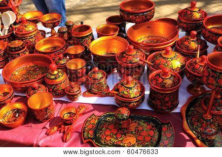Russian Khokhloma handicraft at the fair