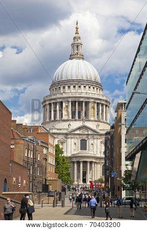 LONDON, UK - JUNE 30, 2014: St. Paul's cathedral from the millenium bridge