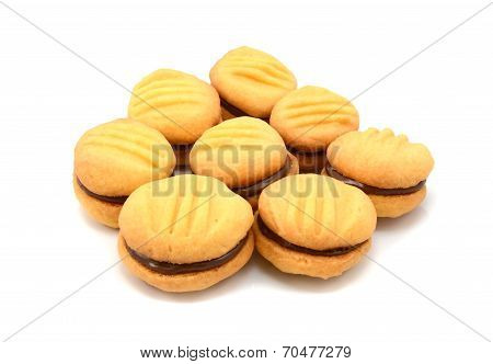 Yo-yo Biscuits Filled With Chocolate