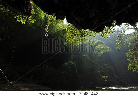 God Rays Shine In In Mae Klong River