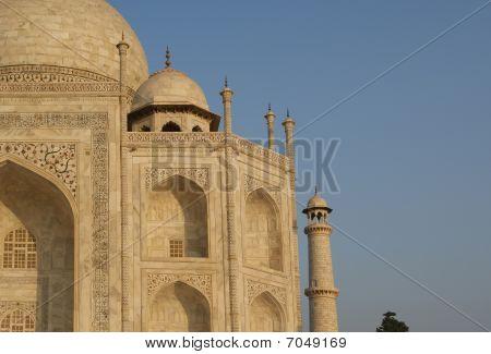 Mausoleum Taj Mahal  Is A  Located In Agra, India