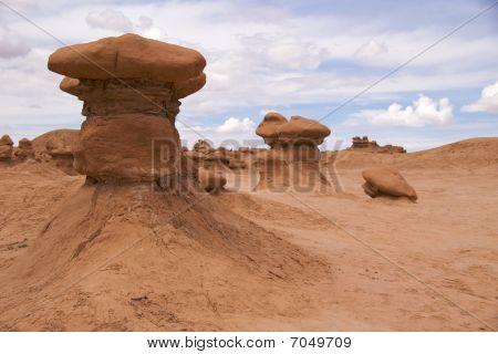 Mushroom-like sandstone, Goblin Valley