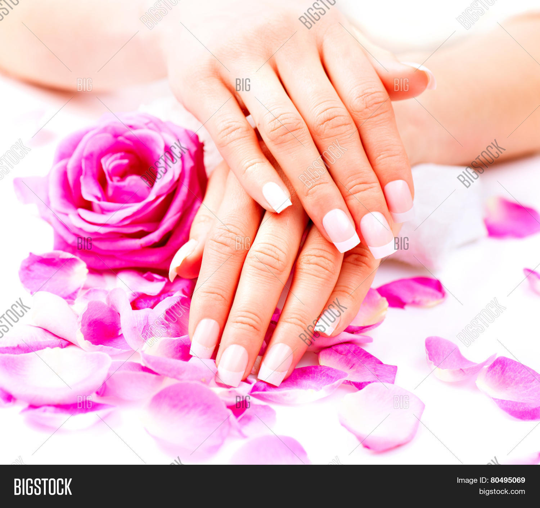 Manicure hands spa beautiful image photo bigstock for Salon manicure