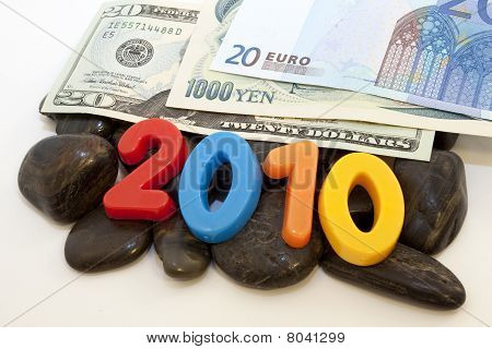 2010: World Currencies On The Rocks