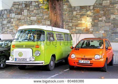 Volkswagen Transporter Ang Renault Twingo