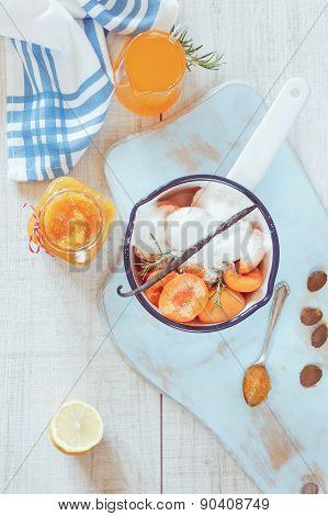 Homemade apricot marmalade