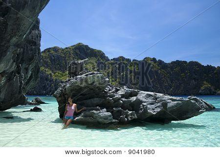 El Nido água azul menina Palawan