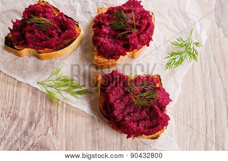 Sandwich With Beetroot And Dill