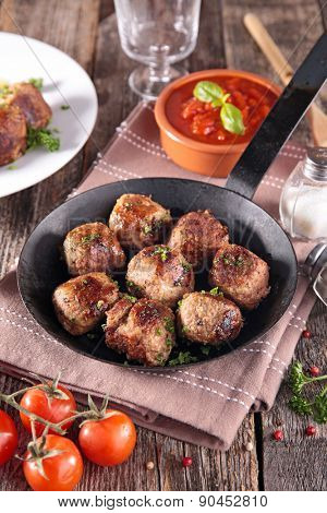 grilled meatball in pan