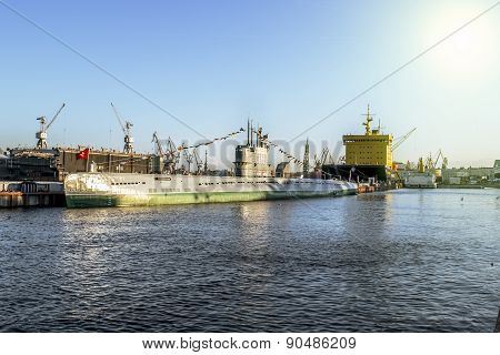 03 May 2015.St. Petersburg.views of the submarine s-189 in the Neva at the Festival of ice breakers in St. Petersburg.Russia.