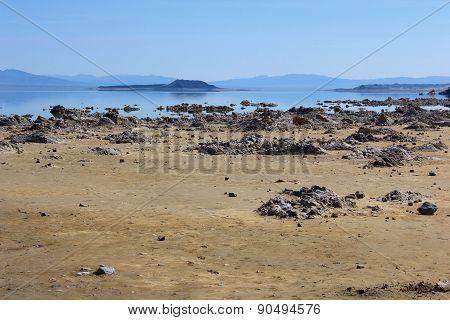 Mono Lake Beach