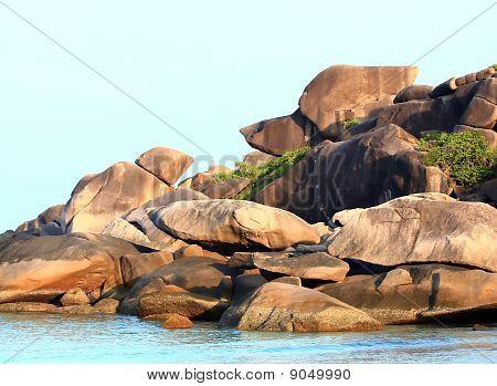 Thailand Snoopy Rock