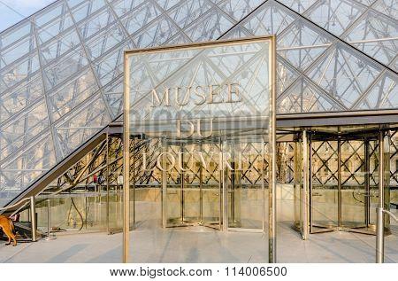 Paris - SEPTEMBER 18, 2012: Louvre Museum on September 18 in Par