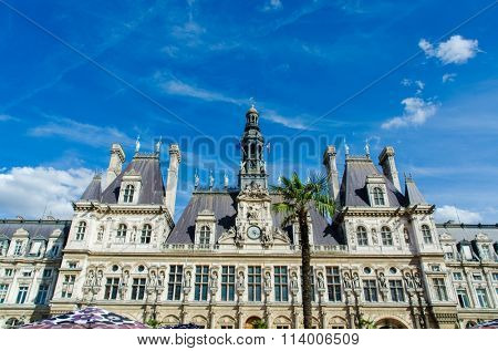 Paris - SEPTEMBER 14, 2012: Mayor Office on September 14 in Paris, France. Mayor's office is one of city attractions