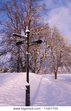 Signpost in Cooper Park
