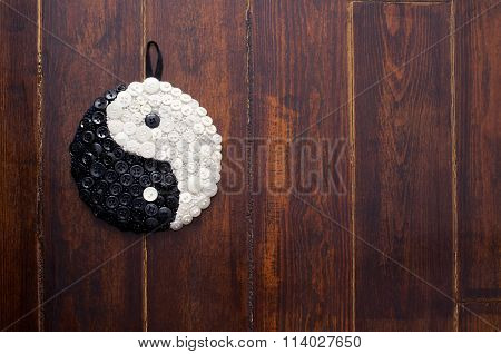 Yin And Yang Sign